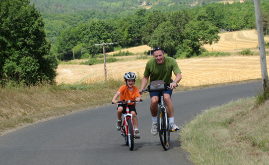 bike-riding-in-dordogne-france-with-kids